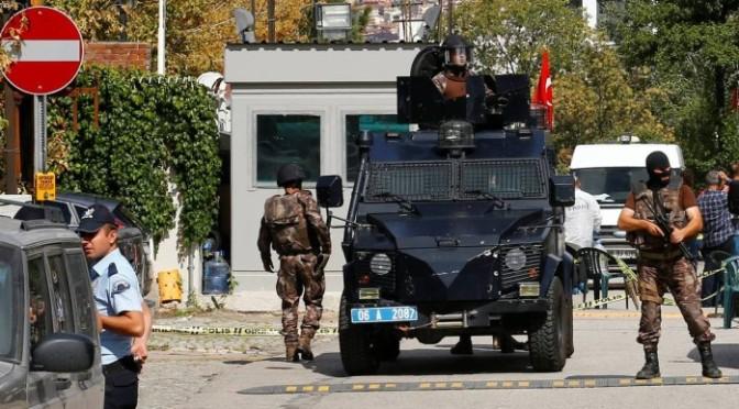 Homem armado com faca tenta invadir Embaixada de Israel em Ancara