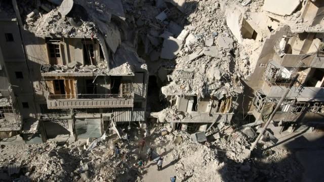 Quatro dos oito hospitais no Leste de Aleppo foram danificados em bombardeios