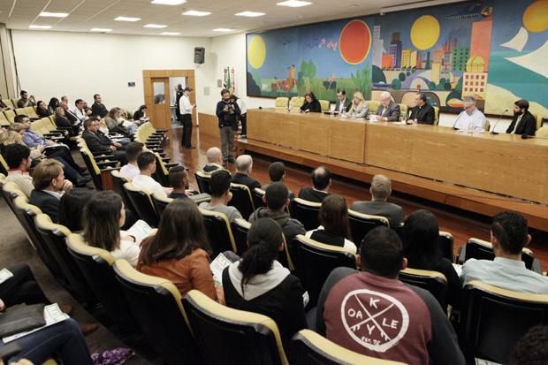 Sessão solene discute genocídio de cristãos e minorias no Oriente Médio