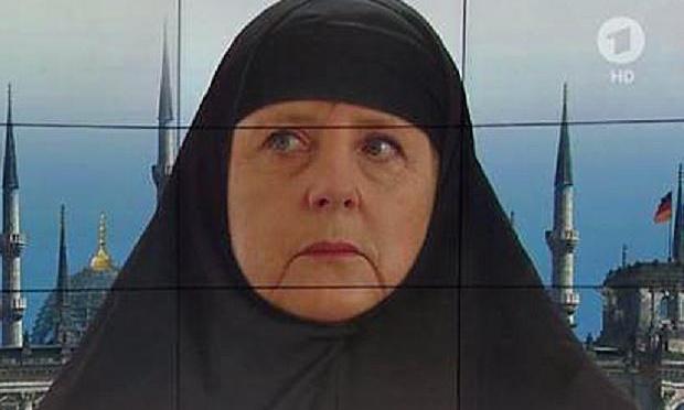 """Muçulmanos deixam mensagem em relação aos cristãos: """"A todos os muçulmanos: agora é o momento para decapitar os infiéis."""""""