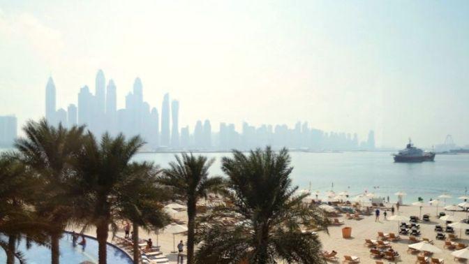 """Mulher britânica """"presa em Dubai depois de relatar estupro"""""""