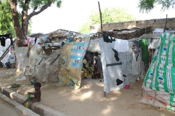 Cerca de 15 mil cristãos são socorridos na Nigéria