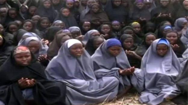 Governo da Nigéria diz que conquistou principal refúgio do Boko Haram na floresta