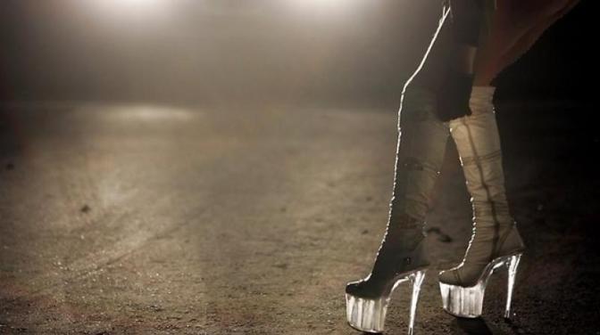 Autoridade iraniana pede esterilização de prostitutas e dependentes químicos