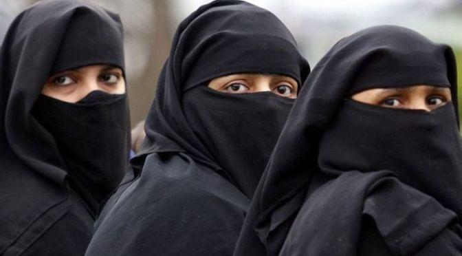 Paquistão: tribunal de aldeia ordena vítima de estupro ser morta ou vendida como escrava devido a acusações de adultério