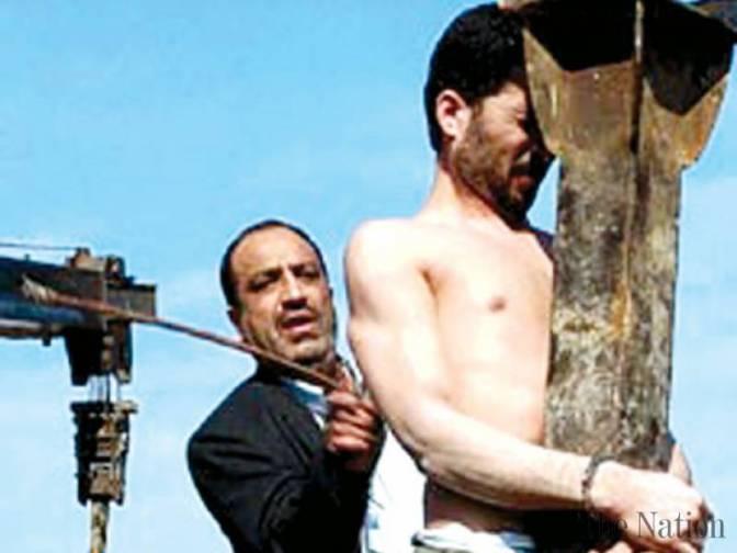 Pelo menos 20 iranianos foram chicoteados por quebra de jejum no Ramadã