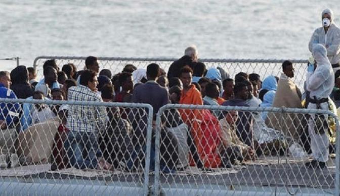 """Hungria e Polônia: """"Sem refugiados, sem terror"""""""