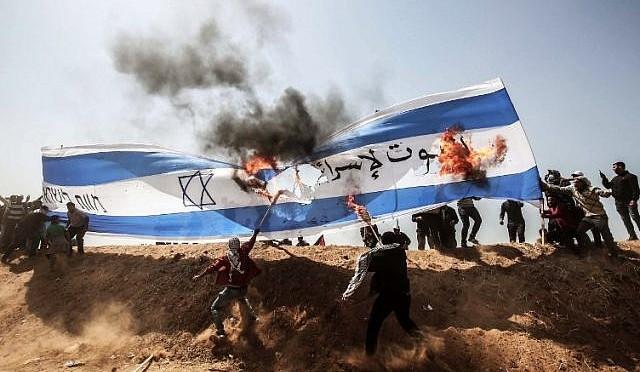 """Palestinos chamam protestos dessa sexta-feira de """"Dia do Molotov"""""""