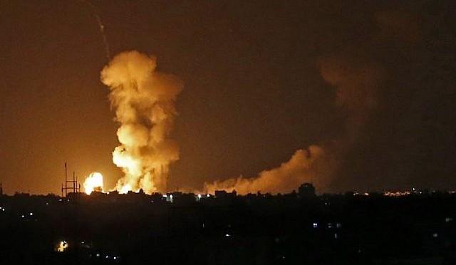 Soldado de Israel morto a tiros na fronteira com Gaza provoca ataques israelenses em larga escala