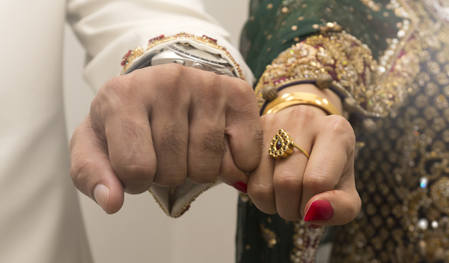 Decisão judicial britânica reconhece casamento sob o comando da sharia