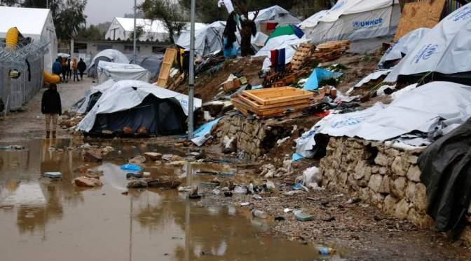 Grécia: ocorre um estupro por semana no campo de refugiados em Moria, segundo ONG