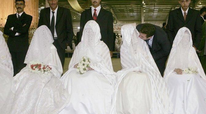 Vítimas de casamento infantil dizem que a lei do Reino Unido legitima abuso 'terrível'