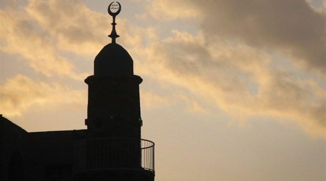 Bélgica: Autoridade religiosa muçulmana rezou para que 'sionistas' sejam 'queimados'