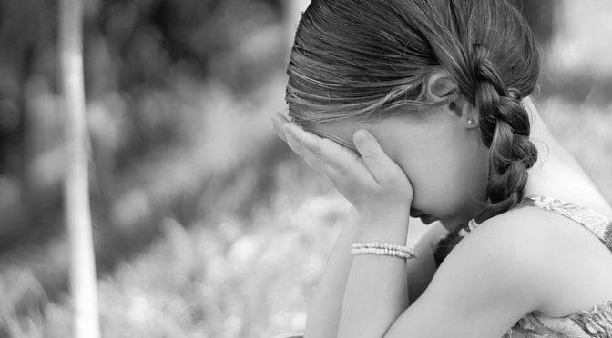 Novos casos de violação de crianças revelados na Finlândia – Presidente diz que os requerentes de asilo trouxeram o mal com eles